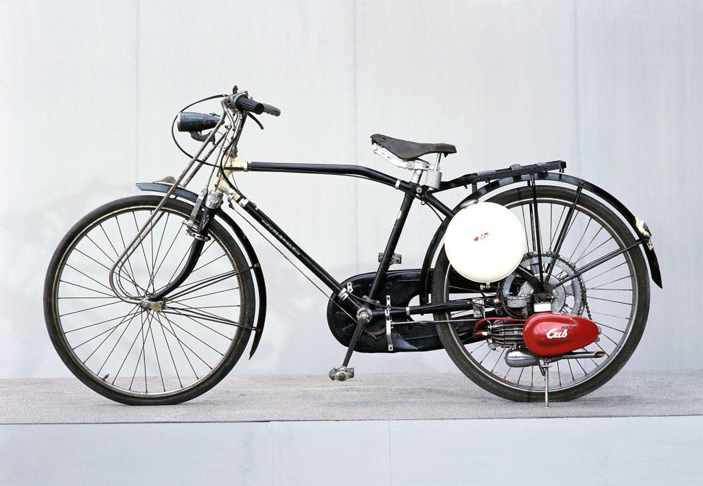 52_ HondaCubF型